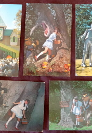 land of oz postcard small