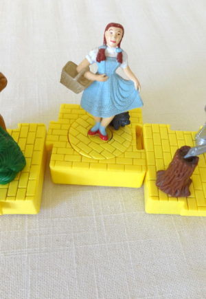 yellow brick road figurines