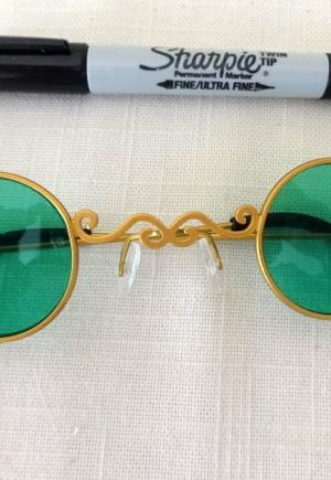 wizard of oz green glasses