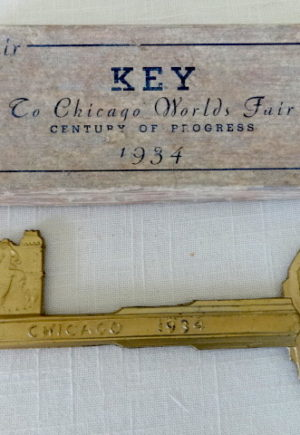 world's fair key in box scarecrow of oz