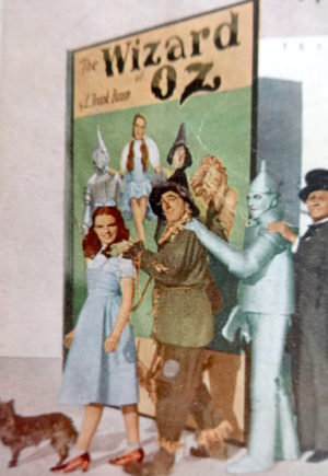 Talk of Hollywood Wizard of Oz MGM Movie Postcard