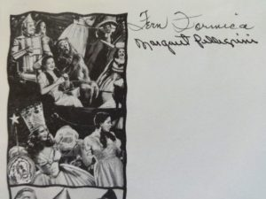 Munchkin Autograph margaret pellegrini